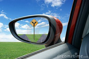 rearview-mirror-19836857